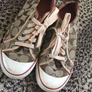 Coach tennis shoes 8.5
